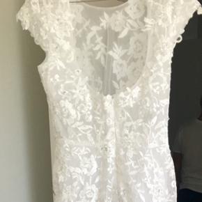 Brud kjoler med ekstra slæb