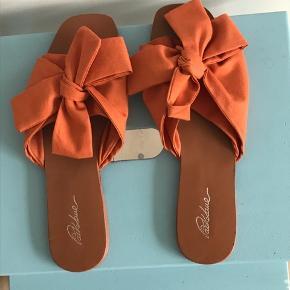 Fineste sommer sandaler, brugt én gang🍊