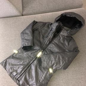 Skøn jakke fra Molo A form Aldrig brugt nypris 1799