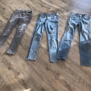 3 par jeans str 12-13år. Jack & jones, True Religion og Demil co. alle er i god stand.