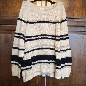 Only Carmakoma sweater