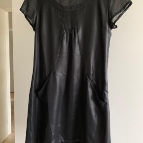 Rigtig fin kjole / tunika i pæn stand;-)