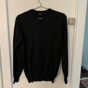 Grå merino uld magasin sweater