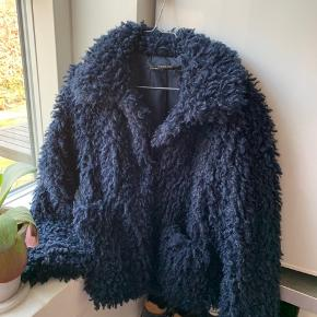 Skal have tømt garderoben så alt sælges billigt! Få TILBUD som 2 FOR 1 eller 3 FOR 2💫💫 Alt sælges for 50-300kr Åben for bud  #30dayssellout
