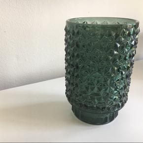 Glas fra Medusa Copenhagen. Kan evt bruges til fyrfadslys.  Jeg sender ikke.