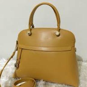 Furla #Piper gul taske næsten som ny. Perfekt stand. Normal pris 345 EUR/2600DKK