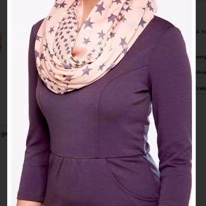 Mærke: Even&odd  Tørklæde EV451G00R  100% Polyester.  Se også mine andre annoncer ;)