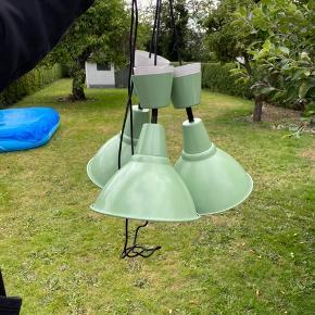 Tre lamper der har hængt sammen. Fine uden skader. Sælges grundet flytning 🏡