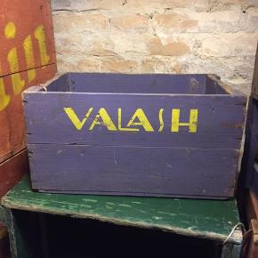 #valash #bryggeri kendt fra #matador spillet.  koster 300kr.  Kan afhentes hos #aalborgs største udvalg af #ølkasser.  Du finder os på #aalborghavnefront lige ved #utzoncenteret.  Åbent hver tirsdag kl 13-17 eller efter aftale.