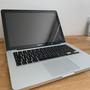 Apple macbook Pro  Ingen skader eller fejl, skærm og keyboard er 100% intakt. Den har primært stået på et skrivebord, så ikke de store slitage tegn. Lader medfølger ikke. Sendes forsvarligt, 36kr,-