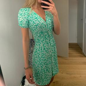 Deviér kjole
