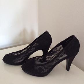 Flotte sandaler med hæl