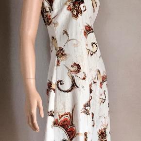 Suksess kjole