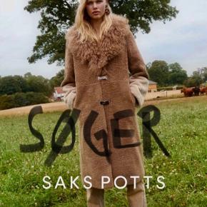SØGER SØGER SØGER !!!!! Lang pels fra Saks Potts. Helst som på billederne men er også interesseret i andre modeller. Hit me. Str 1 Tlf 26369507