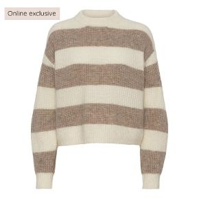 A-View sweater