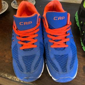 CAP sko, brugt få gange.