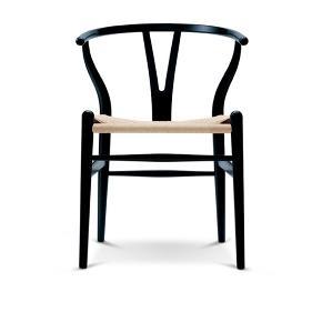 Fin y-stol fra Wegner. Står som ny. Kan afhentes på Frederiksberg 😊