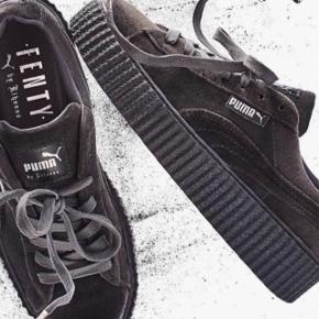 Sælger de fine Puma sko da jeg desværre ikke får dem brugt mere! BYD
