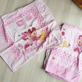 Sengetøj med Minnie Mouse 140x200