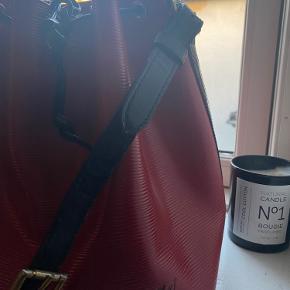 Smuk Rød Noé Louis Vuitton taske ❣️❣️ i super stand