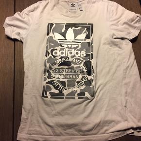 Flot T-shirt i str M