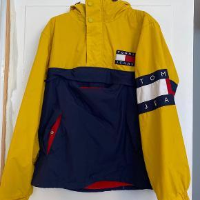 Tommy Jeans andet overtøj