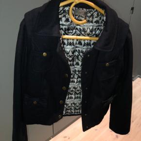 Nümph jakke