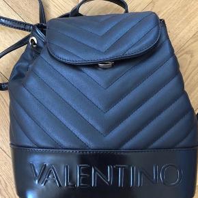 Helt ny Valentino rygsæk, aldrig brugt, stadigvæk med tag.