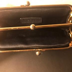#30dayssellout Klassisk pung fra dkny brugt få gange