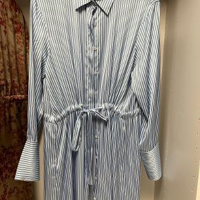 Karmamia kjole