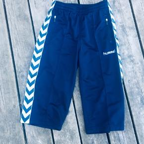 Hummel shorts str 152