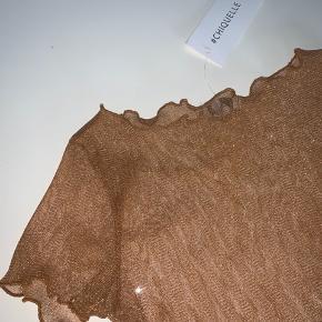 Sælger glitter mesh top fra chiquelle.  Aldrig brugt og stadig med prismærke :)