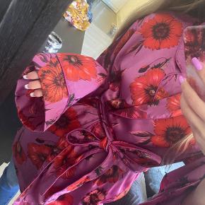 Missguided kimono