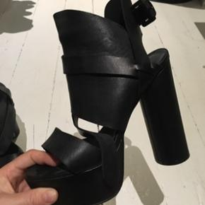 Surface To Air heels