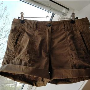 Varetype: Fede shorts Farve: Se billeder Prisen angivet er inklusiv forsendelse.  Farven på sidste billede passer bedst