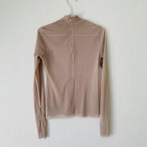 Flot mesh bluse med slidser på ærmerne fra Zara🌸🌸🌸