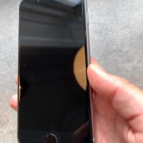 IPhone 6S  16 GB   Få ridser  Intet andet medfølger   Pris sat herefter