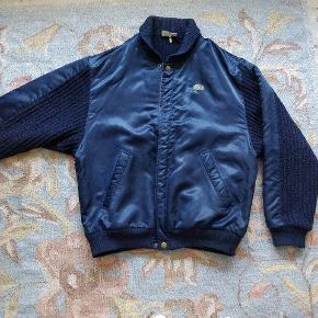 Super fed vintage jakke. Baggy. Se mine andre annoncer, mængderabat er en mulighed.
