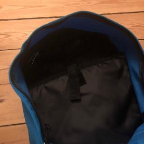 Blå/turkis rygsæk Rum til computer Fin til skoletaske