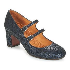 Fin sko fra Chie Mihara i str 39.  Helt ny og aldrig været i brug.  Købspris 2299 kr - Sælges for 550 kr inkl fragt.