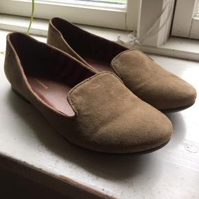 Pæn sko. Ikke brugt meget.