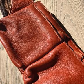 Bæltetaske af GENUINE LEATHER👏🏻👏🏻