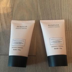 To stk. Aurelia miracle cleanser på 30 ml. Begge er plomberet. 75kr stykket eller begge for 120kr.  Kan mødes og handle i Ringsted eller på Frederiksberg - sender også gerne.