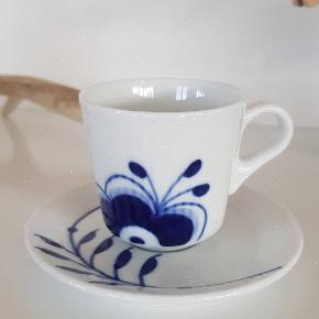 Royal Copenhagen espressokop.  10 cl.  1 sort.  Handler helst via MobilePay ellers betaler køber gebyret.
