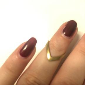 Virkelig fin ring i forgyldt sølv fra Jane Kønig.