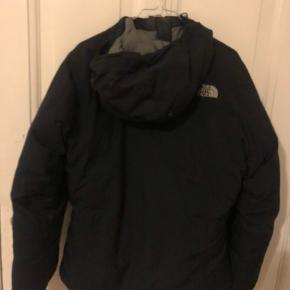 The north face vinter jakke. Meget varm!