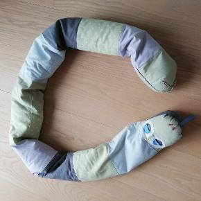 Slange til leg eller aktiver g af baby eller til kravlegården.