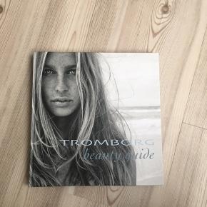 Flot Tromborg beauty guide bog. Kom med et bud - skal bare ud.