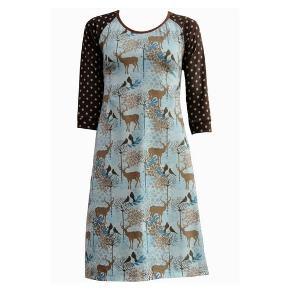 Så flot kjole fra Mixed, Forrest Joy, aldrig brugt. Tag stadig på. Skønne blå og brune farver. Ærmegab til ærmegab ca. 42 cm. #30dayssellout
