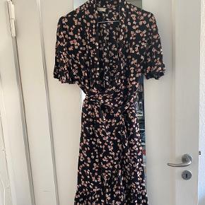 Levete kjole